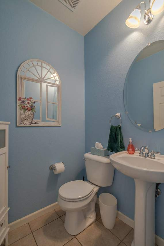 1181 Fergusen Way Folsom CA-large-020-19-Bathroom-667x1000-72dpi