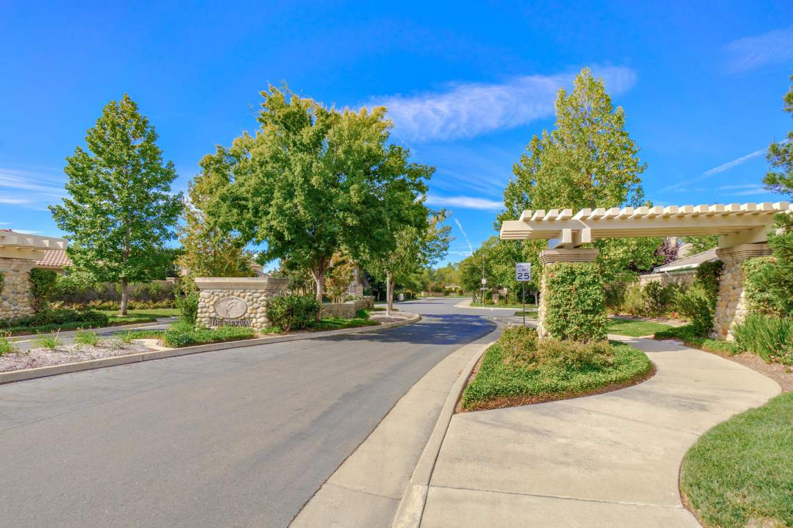 1181 Fergusen Way Folsom CA-large-026-17-neighborhood-1500x1000-72dpi