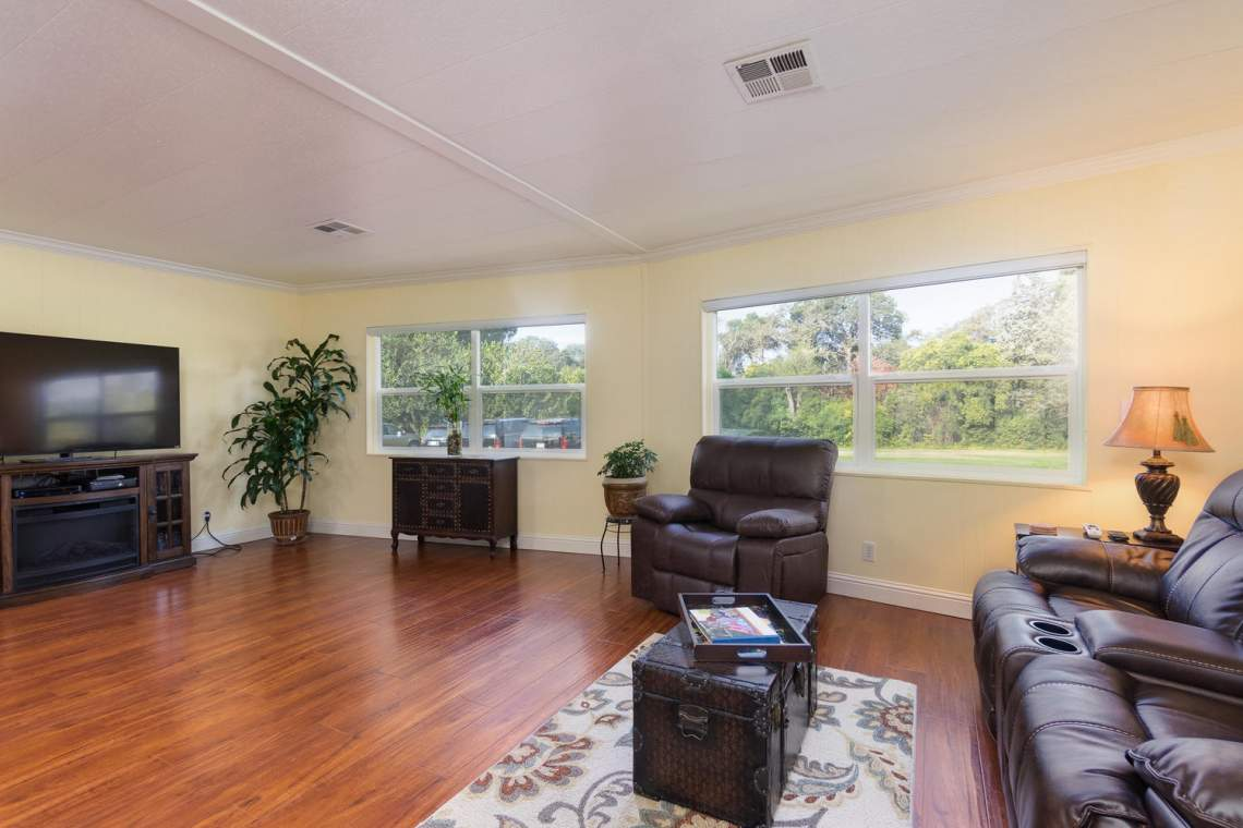 469 Danielle Way Folsom CA-large-003-2-Living Room-1500x1000-72dpi