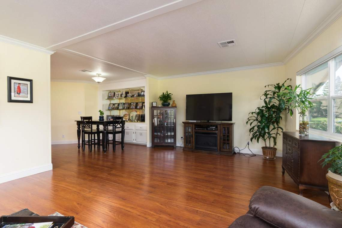 469 Danielle Way Folsom CA-large-004-1-Living Room-1500x1000-72dpi